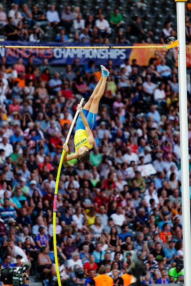 Armand Duplantis (SWE)/ Men's Pole Vault, Gold