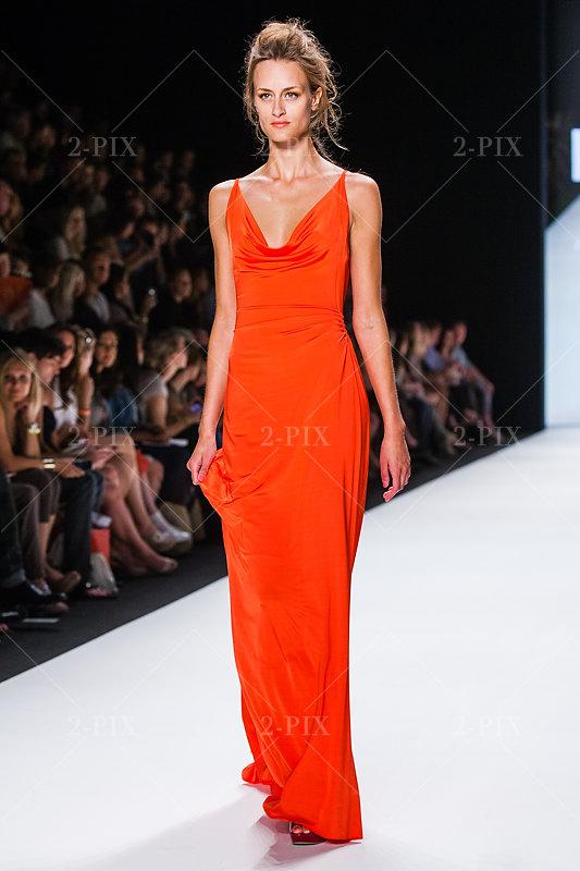 Mercedes-Benz Fashion Week Berlin - Lookbooks . Minx By Eva Lutz Fotograf 2-PIX Binh Truong, Berlin